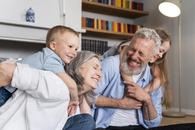 medium-shot-happy-family-home(1)